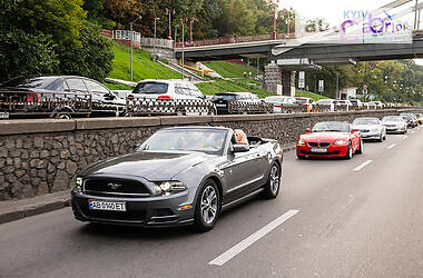 Ford Mustang 2014 в Умани