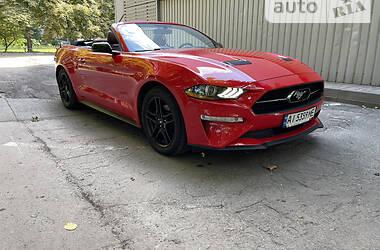 Кабриолет Ford Mustang 2018 в Киеве