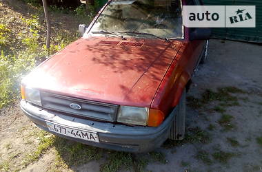 Седан Ford Orion 1985 в Дубно