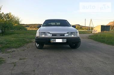 Ford Sierra 1990 в Донецке