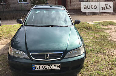 Honda Accord 2000 в Долине