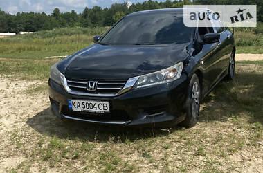Седан Honda Accord 2013 в Києві