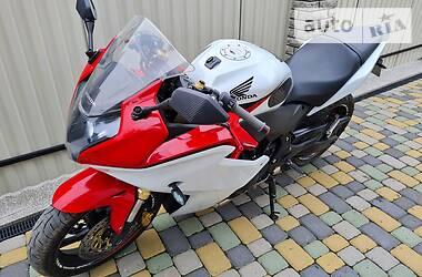 Мотоцикл Спорт-туризм Honda CBR 600 2011 в Кицмани
