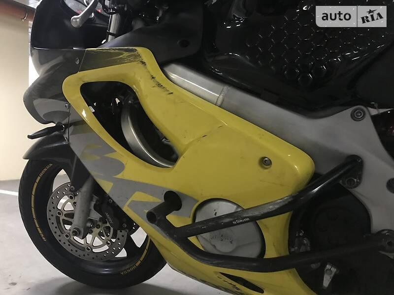 Honda CBR 600F 2000 в Киеве