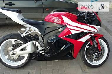 Honda CBR CBR 600 RR 2011