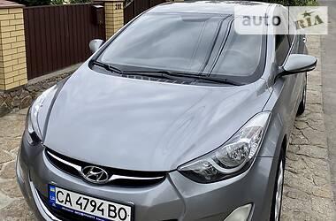 Седан Hyundai Elantra 2011 в Умани