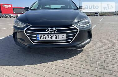 Седан Hyundai Elantra 2016 в Вінниці