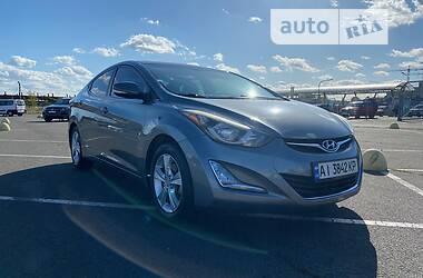 Седан Hyundai Elantra 2015 в Києві