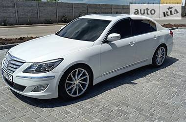 Седан Hyundai Genesis 2013 в Одессе