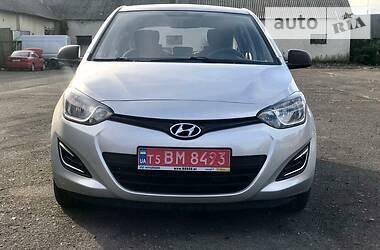 Хэтчбек Hyundai i20 2015 в Иршаве
