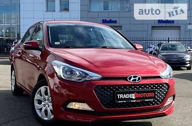 Хэтчбек Hyundai i20 2017 в Киеве