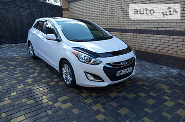 Hyundai i30 2014 в Кривом Роге