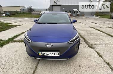 Лифтбек Hyundai Ioniq 2018 в Киеве