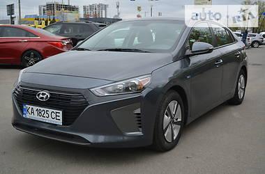 Лифтбек Hyundai Ioniq 2017 в Киеве