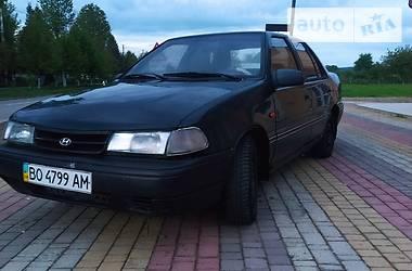 Седан Hyundai Pony 1994 в Вижнице
