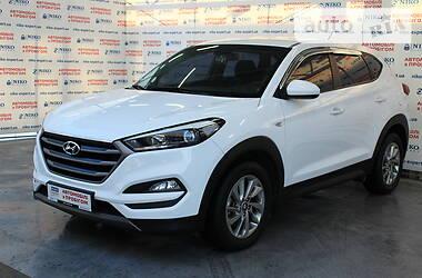 Позашляховик / Кросовер Hyundai Tucson 2015 в Києві