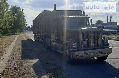 Зерновоз International 9200 1986 в Білопіллі