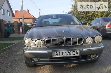 Jaguar XJ6 2003 в Киеве