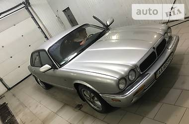 Jaguar XJ8 2001
