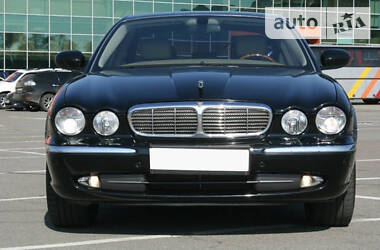 Jaguar XJ 2003 в Киеве
