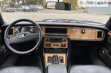 Седан Jaguar XJ 1986 в Черновцах
