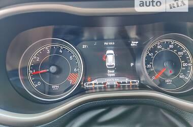 Внедорожник / Кроссовер Jeep Cherokee 2015 в Виннице