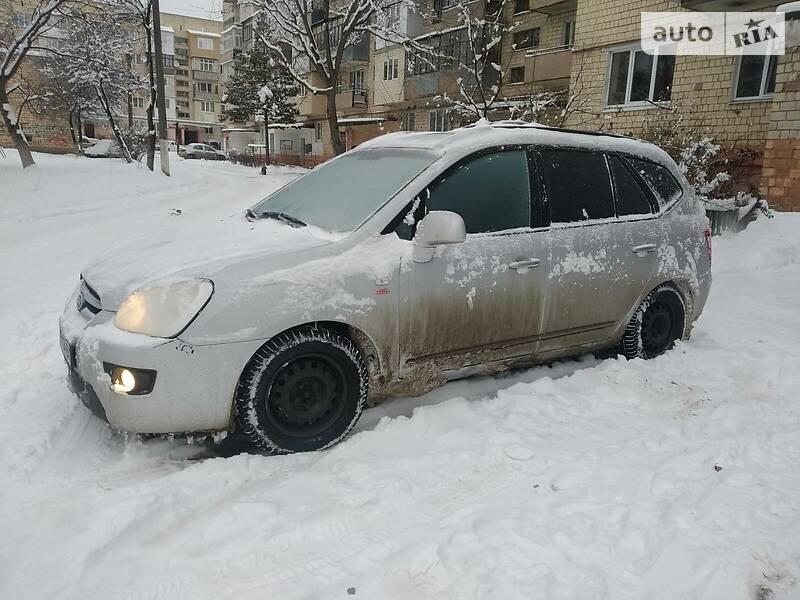Kia Carens 2007 в Черновцах