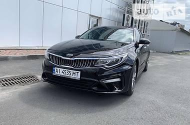 Седан Kia Optima 2018 в Киеве