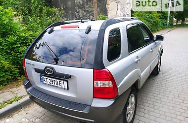 Унiверсал Kia Sportage 2006 в Надвірній