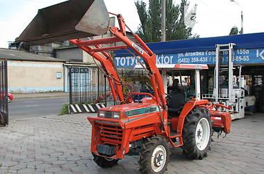 Kubota L1 1998 в Одессе