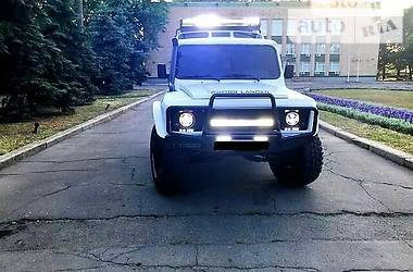 Land Rover Defender 1990 в Умани