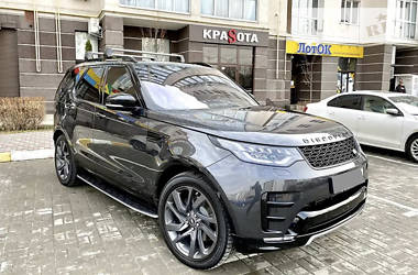 Внедорожник / Кроссовер Land Rover Discovery 2017 в Черновцах
