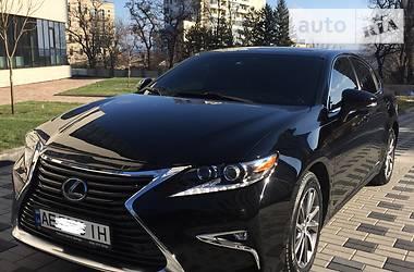 Lexus ES 300 2016