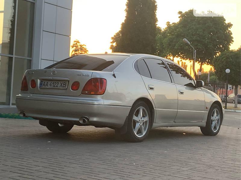 Lexus GS 2002 года в Киеве