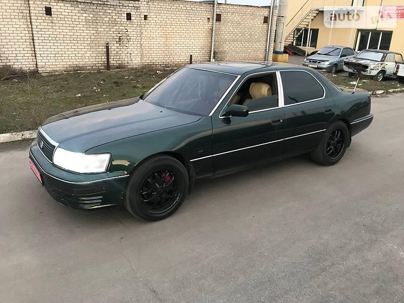 Lexus LS 400 1992 в Дніпрі