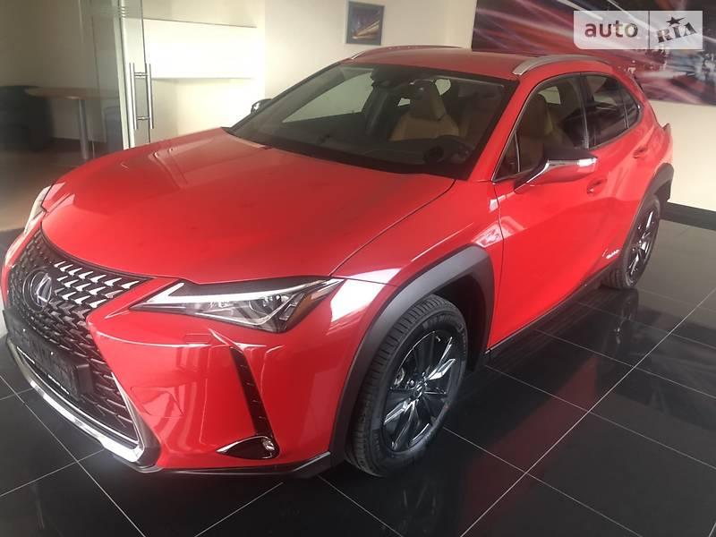Lexus UX Business 2019