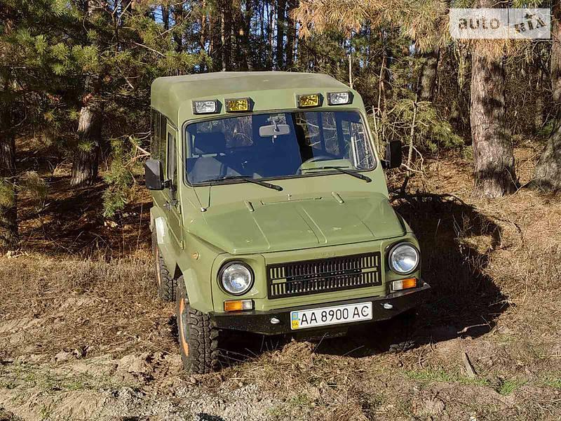 ЛуАЗ 969М 2002 в Києві