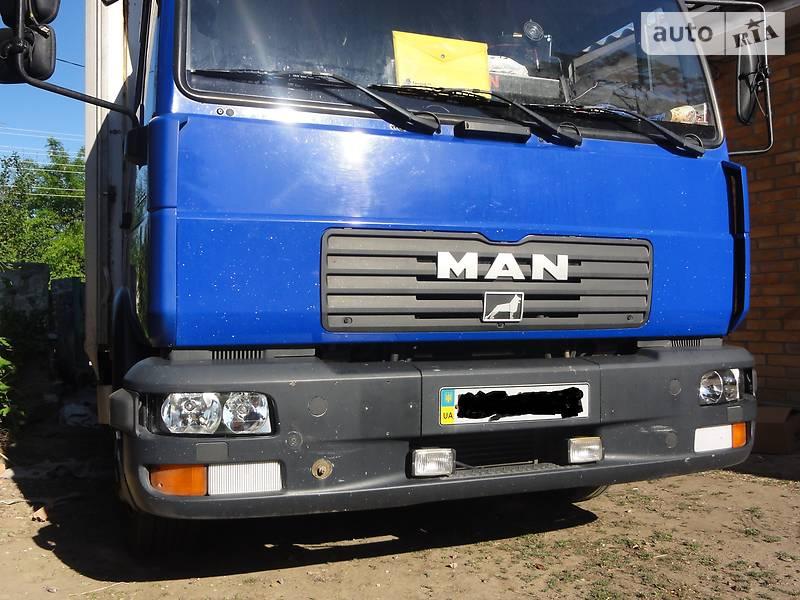 Тентований MAN LE 12.220 2004 в Кропивницькому