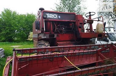 Комбайн зерноуборочный Massey Ferguson 520 1974 в Жовкве