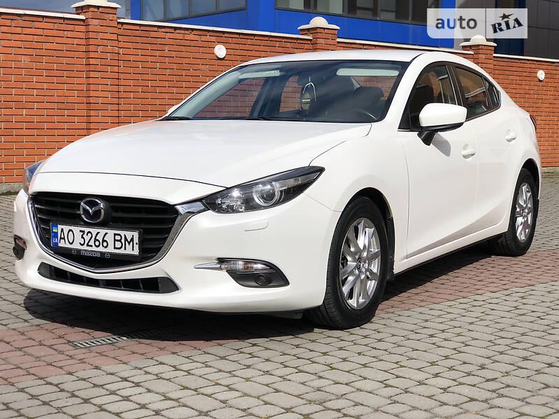 Mazda 3 Oficeal
