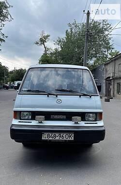 Легковой фургон (до 1,5 т) Mazda E2200 1990 в Одессе