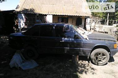 Mercedes-Benz 190 1987 в Арбузинке