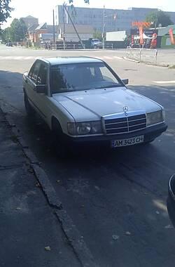 Седан Mercedes-Benz 190 1985 в Новограде-Волынском