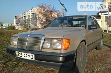 Mercedes-Benz 200 1988 в Черновцах