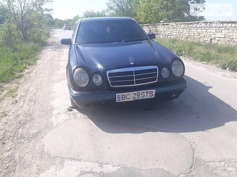 Mercedes-Benz 210 1997 в Каменец-Подольском
