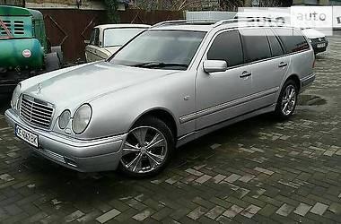 Mercedes-Benz 210 1998 в Черновцах