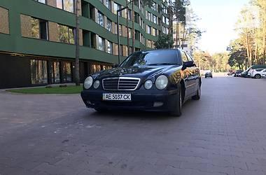 Mercedes-Benz 210 2001 в Буче
