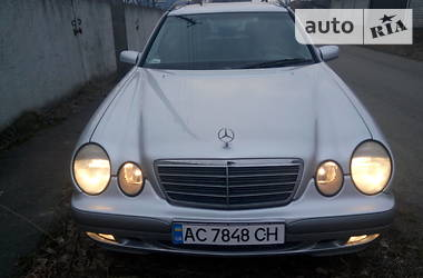 Mercedes-Benz 220 2001 в Луцьку