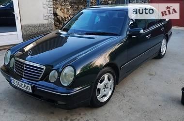 Mercedes-Benz 220 2000 в Черновцах