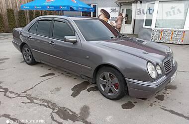 Mercedes-Benz 220 1997 в Барановке